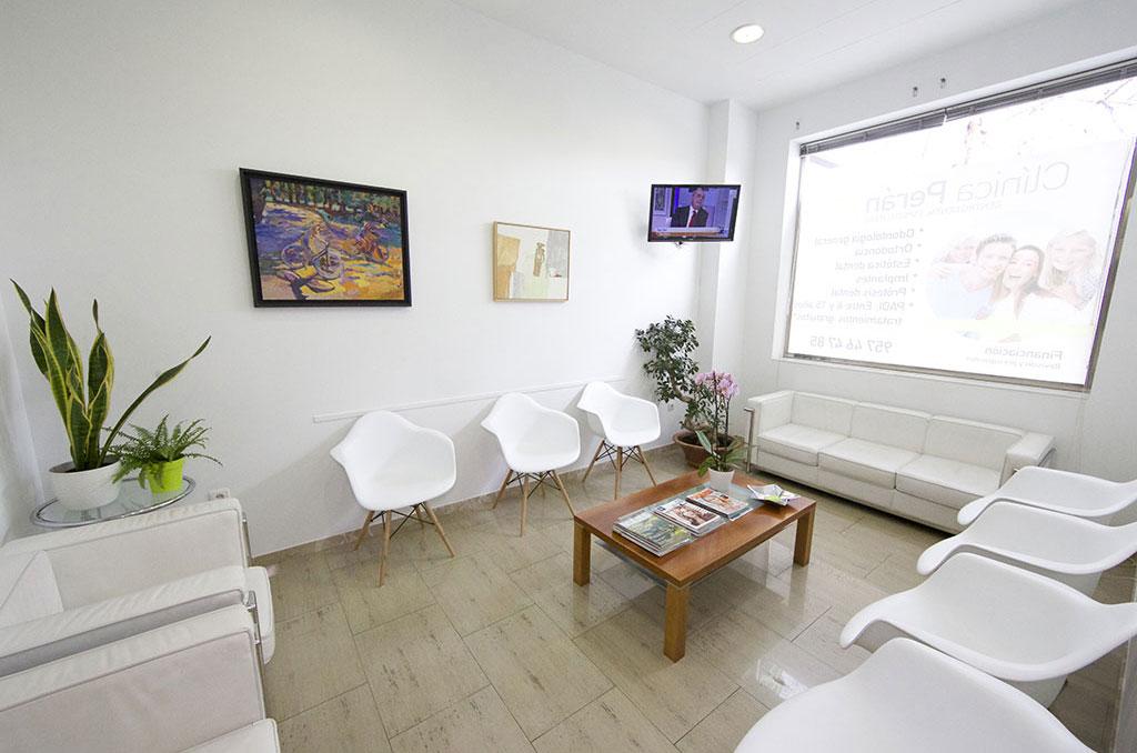 Sala de Espera Clínica Dental Perán en Córdoba