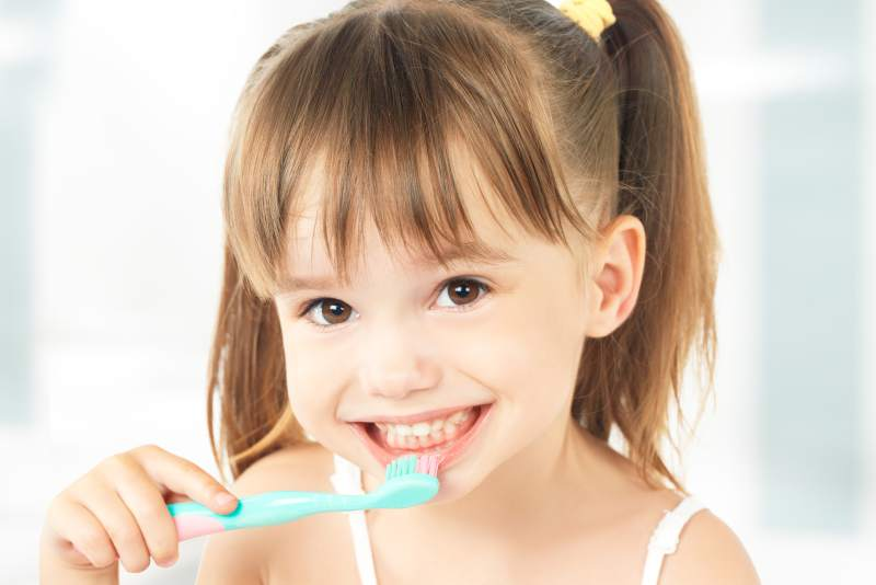 ortodoncia-invisible-cordoba-alineadent-clinica-peran